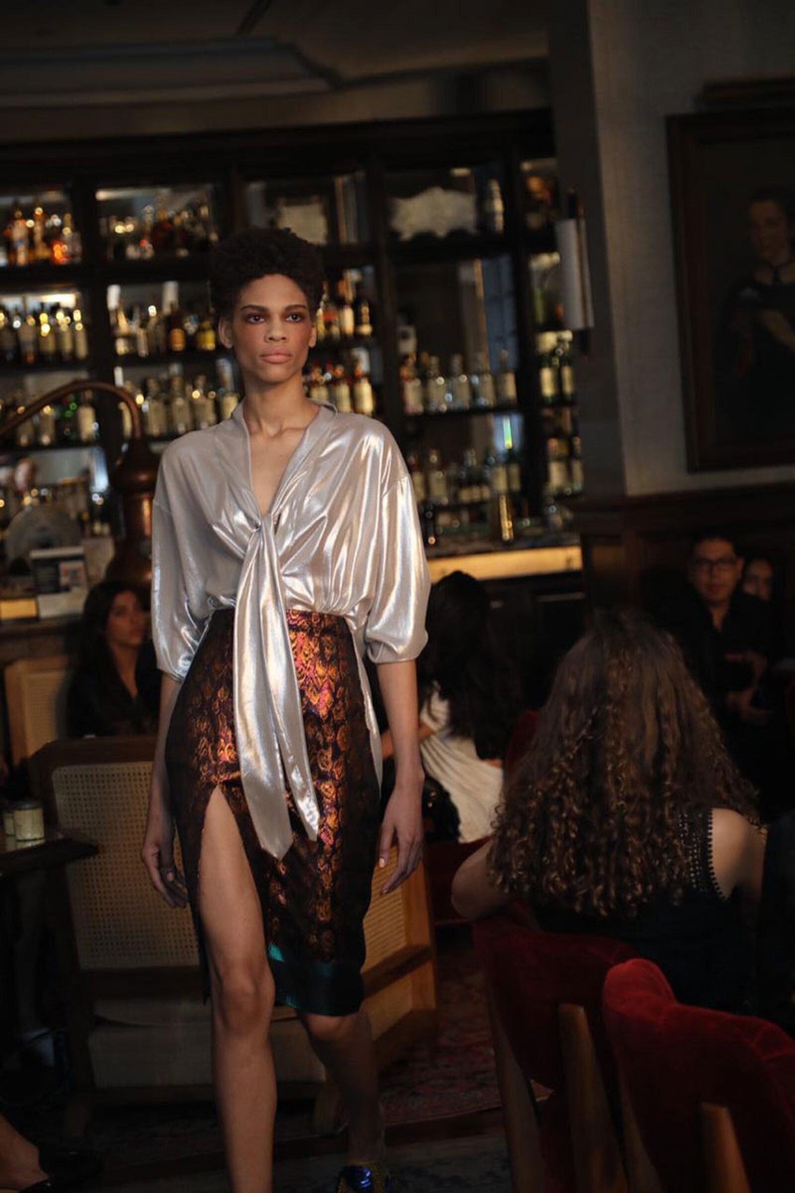 Sandra-Weil-MBFWM-Runway-Blouse-and-Skirt-Look