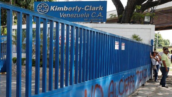 La empresa dejará de fabricar, comercializar y vender su línea de productos en Venezuela.