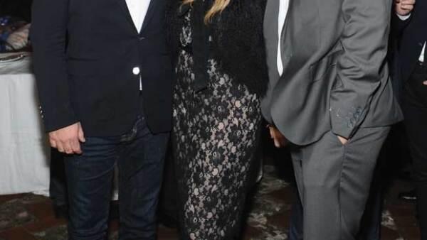 Eugenio López, Pau Rubio y Gerardo Bazúa en la fiesta de apertura del Museo Jumex. La cantante ya integró a su galán en su círculo de amigos.