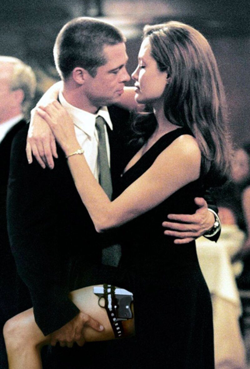 La cinta `Mr. & Mrs. Smith´, además de juntar por primera vez a los dos sex symbols de Hollywood (Brad Pitt y Angelina Jolie), logró conformar una de las parejas más estables del showbiz.