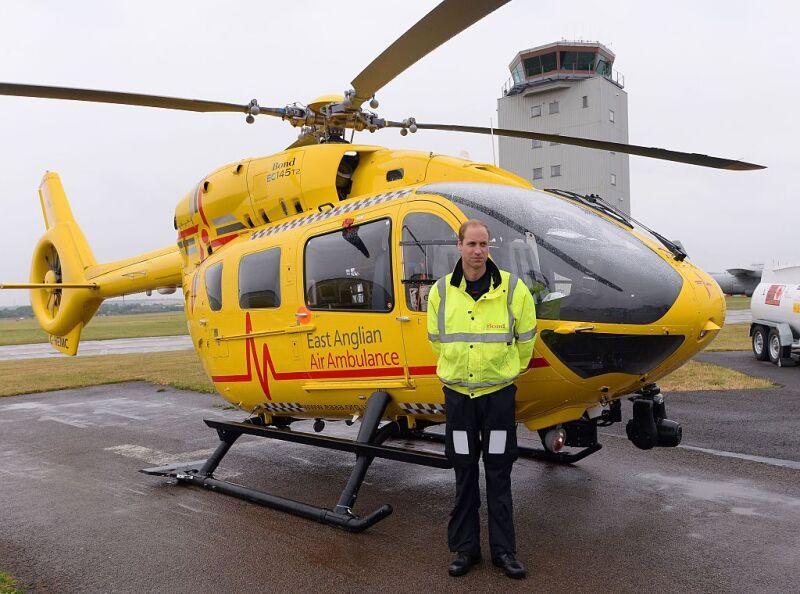 Príncipe William piloto de helicóptero