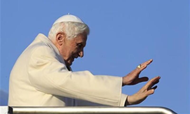 """La Iglesia debe llevar """"nueva vitalidad a la fe católica y ofrecer un mensaje sencillo, profundo y comprensible"""", dijo el Papa. (Foto: Reuters)"""