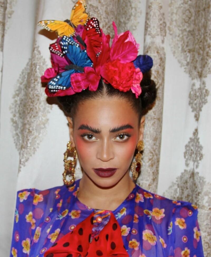 Beyoncé luce muy mexicana con su homenaje a Frida Kahlo.