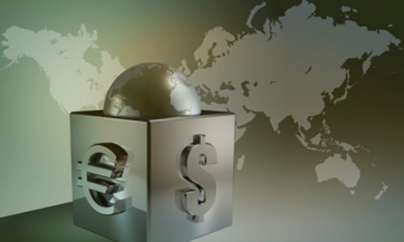 En el mundo desarrollado, los flujos internacionales de capital se inclinan hacia los préstamos bancarios transfronterizos, que son hasta cuatro veces más volátiles que la inversión extranjera directa. (Foto: Thinkstock)