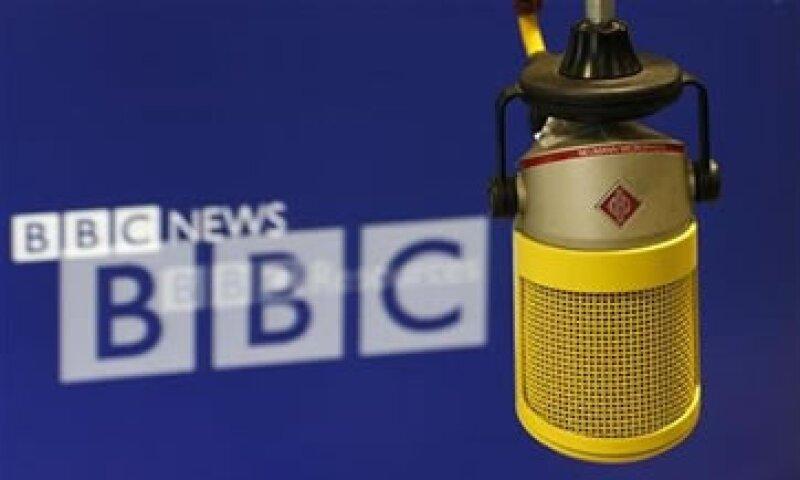 Jimmy Savile, quien falleció el año pasado, era una de las personalidades más destacadas de la televisión británica.  (Foto: Reuters)