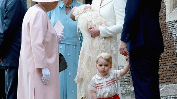 Kate Middleton ha revelado el nombre que su pequeno hijo le ha dado a su bisabuela, el cual nos hizo derretir el corazón.