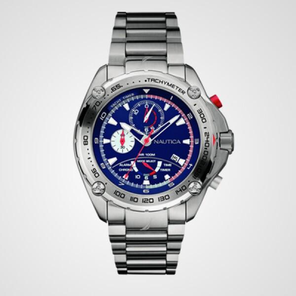 Si prefieres un reloj en color plata, considera la opción Yachtimer III, que posee una caja de acero inoxidable de 44 mm, cronógrafo de 12 horas, alarma, tacómetro y hermético al agua hasta 10 ATM.