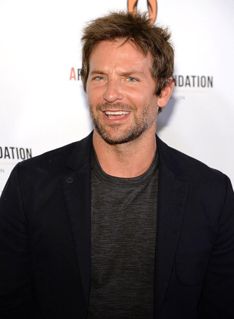 Un hombre muy parecido físicamente al actor hollywoodense se metió de incógnito a una fiesta del festival de cine, donde fue sacado cuando se descubrió quién era en realidad.