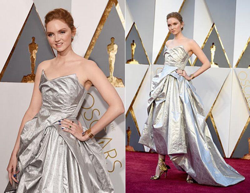 El vestido creado a partir de botellas de PET por Vivienne Westwood.