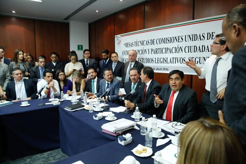 En el Senado se llevan a cabo las discusiones para la puesta en marcha del Sistema Nacional Anticorrupción.