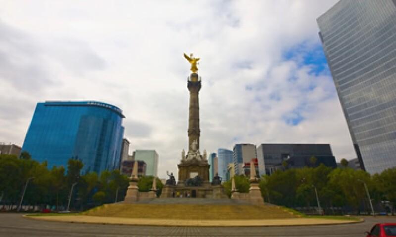 La guía para la inversión extranjera podría captar 13,000 mdd para fines del 2011, según el Gobierno del DF. (Foto: Photos to Go)