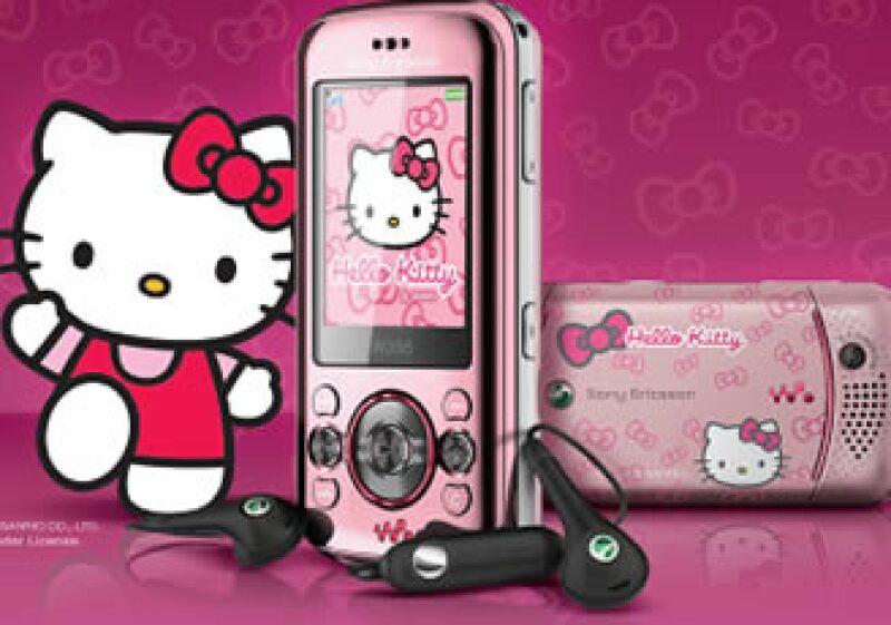 El celular vendrá cargado con alusiones a Hello Kitty (Foto: Cortesía de Sony Ericsson)