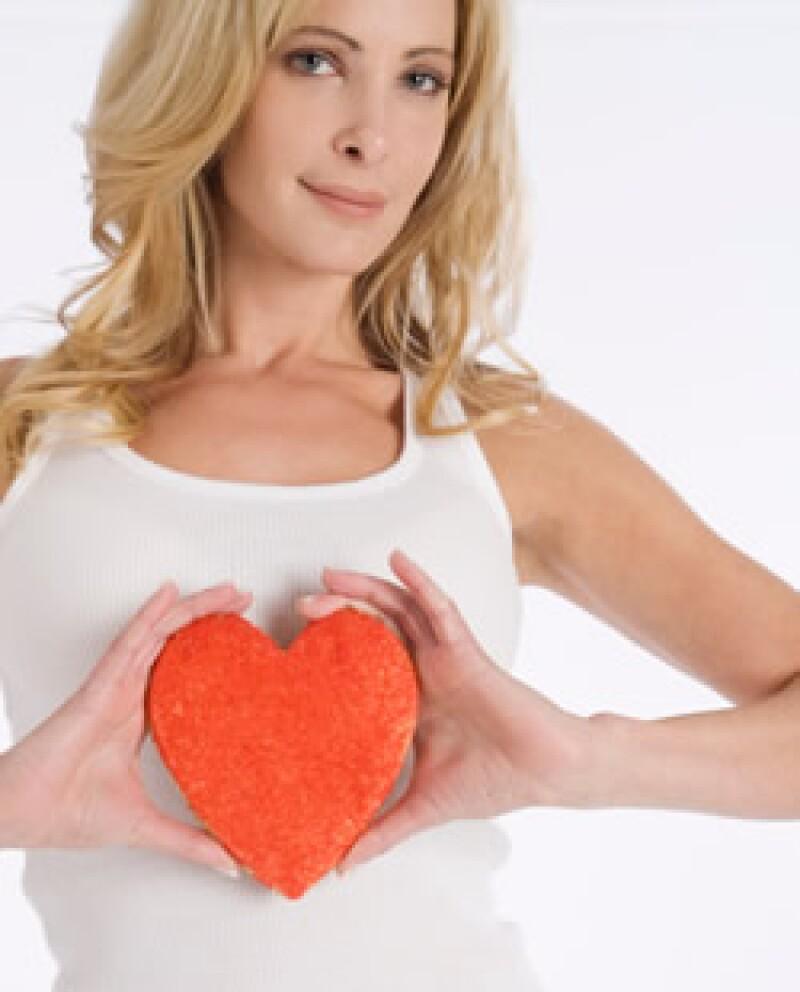 Alrededor del mundo mueren cerca de 5 millones de personas por ataques al corazón, según la OMS. (Foto: Jupiter Images)