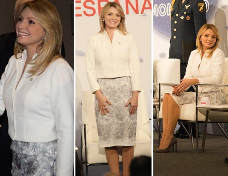 La esposa del presidente Enrique Peña Nieto llevó un look del mexicano Benito Santos.