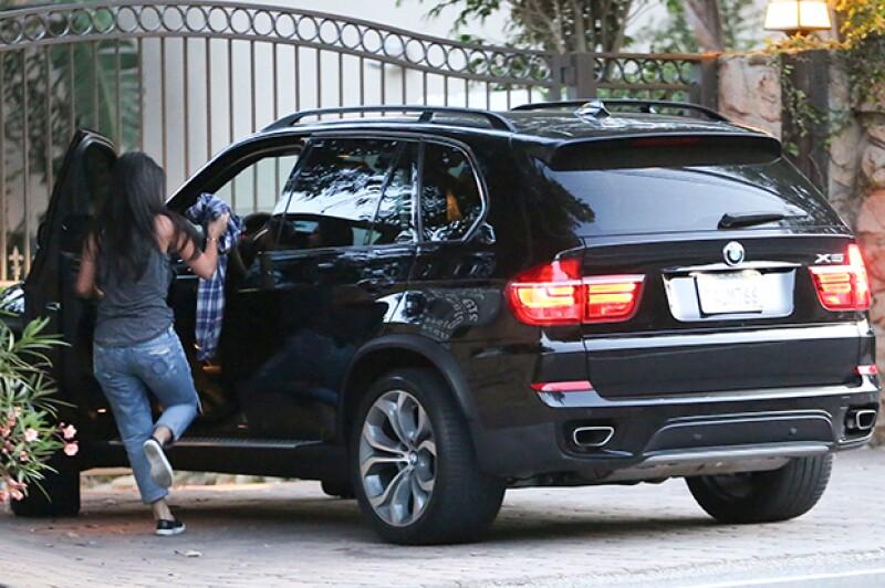 La cantante fue vista llegando a la casa de Bloom en Malibú.