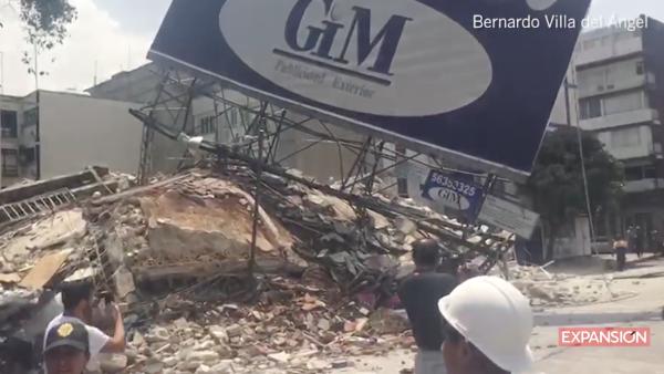 Destrucción y tristeza en las calles de la CDMX tras el sismo