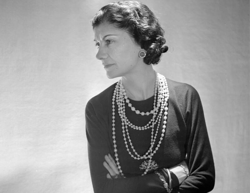 Coco Chanel liberó a las mujeres de los corsettes y los vestidos ajustados. Para ella, la comodidad era lo importante.