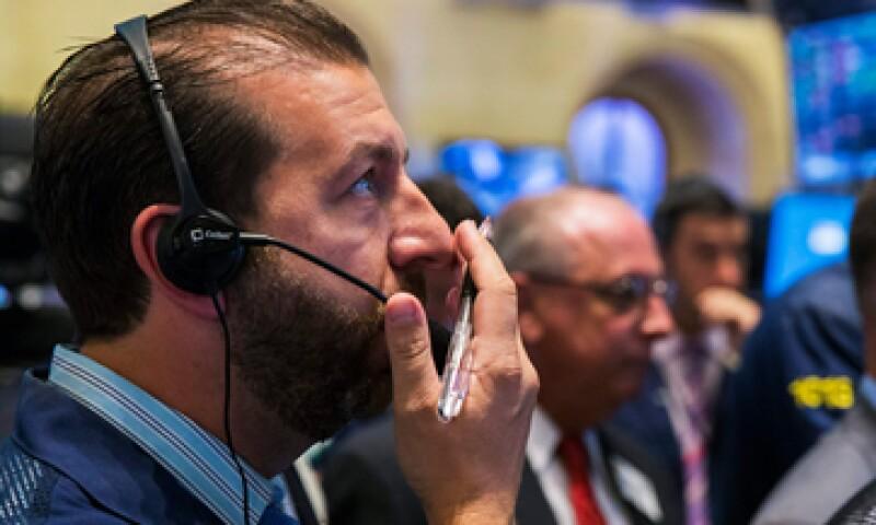 El índice S&P 500 cayó 0.61%. (Foto: Reuters )