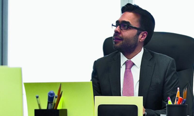 """""""(En el IFT) quisimos privilegiar la técnica, el argumento jurídico y de ingeniería"""", dice Gabriel Contreras. (Foto: Jesús Almazán)"""