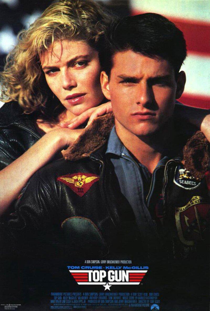 Pareciera que los años apenas han tocado a Tom Cruise, sin embargo, su ex compañera en la memorable película, Kelly McGillis, sí luce de su edad, 58 años.