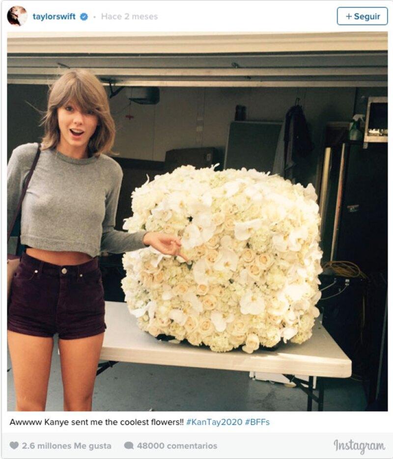 Taylor y el gran regalo que le dio Kanye fue el segunod lugar ocn 2.6 millones.