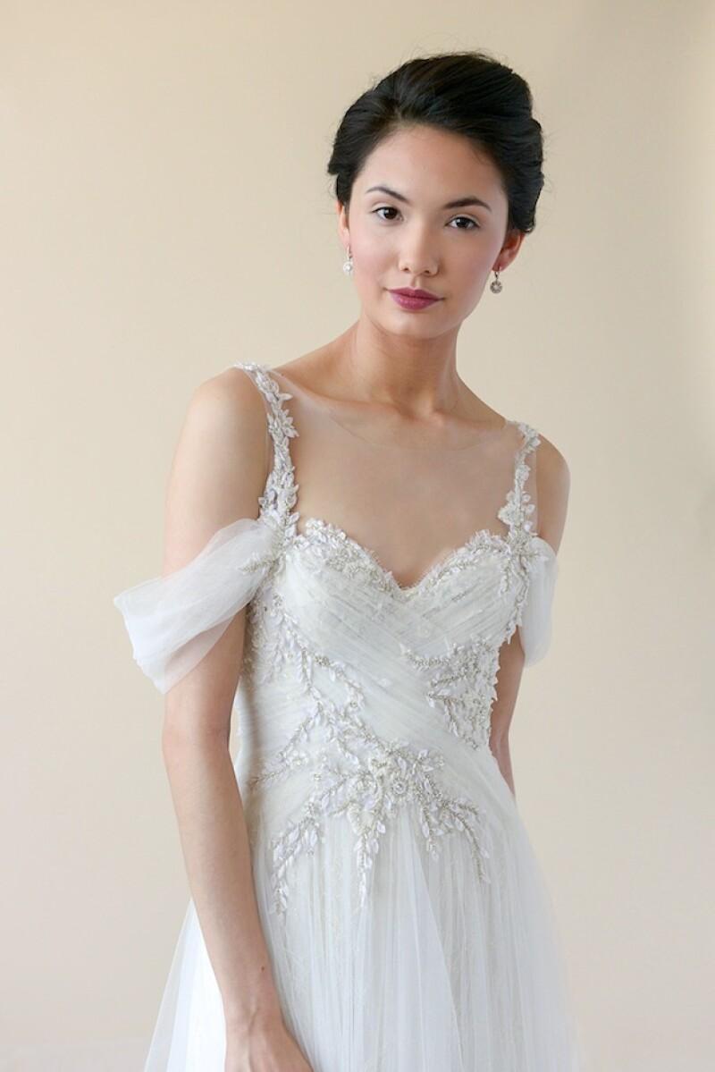 Ligero y elegante, el vestido es ideal para una boda en las costas del Pacífico mexicano.