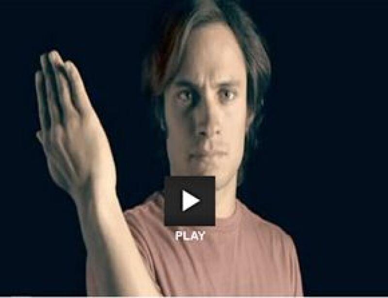 El actor mexicano presta su voz e imagen en un anuncio vía internet en el que anima a la gente a sumarse a la nueva campaña de lucha contra el cambio climático.