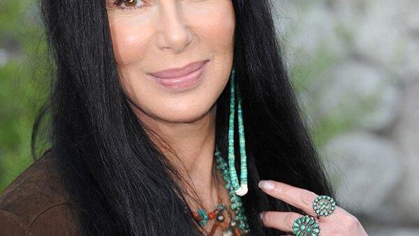 De acuerdo con una revista francesa, a la cantante le quedan pocos meses de vida a causa del virus Epstein-Barr, que contrajo en los 80.