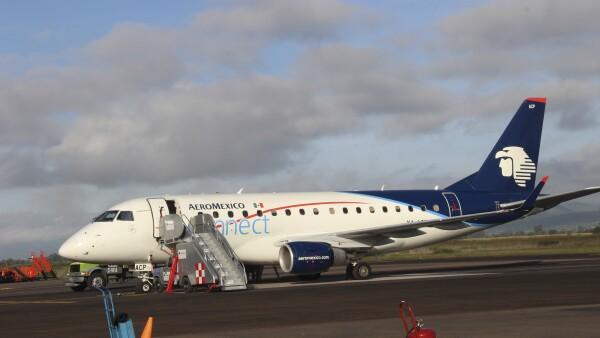 Aeroméxico acordó con sobrecargos condiciones para mejorar su calidad de vida.