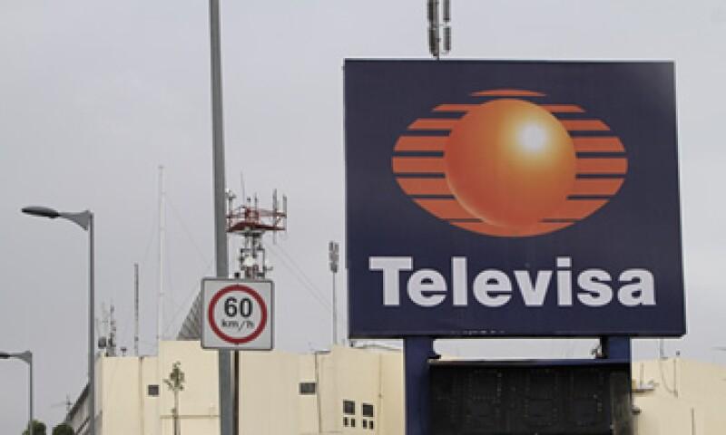 Televisa acusó a MVS de usar sus medios de comunicación para culparla de que la SCT no renueve sus concesiones. (Foto: AP)