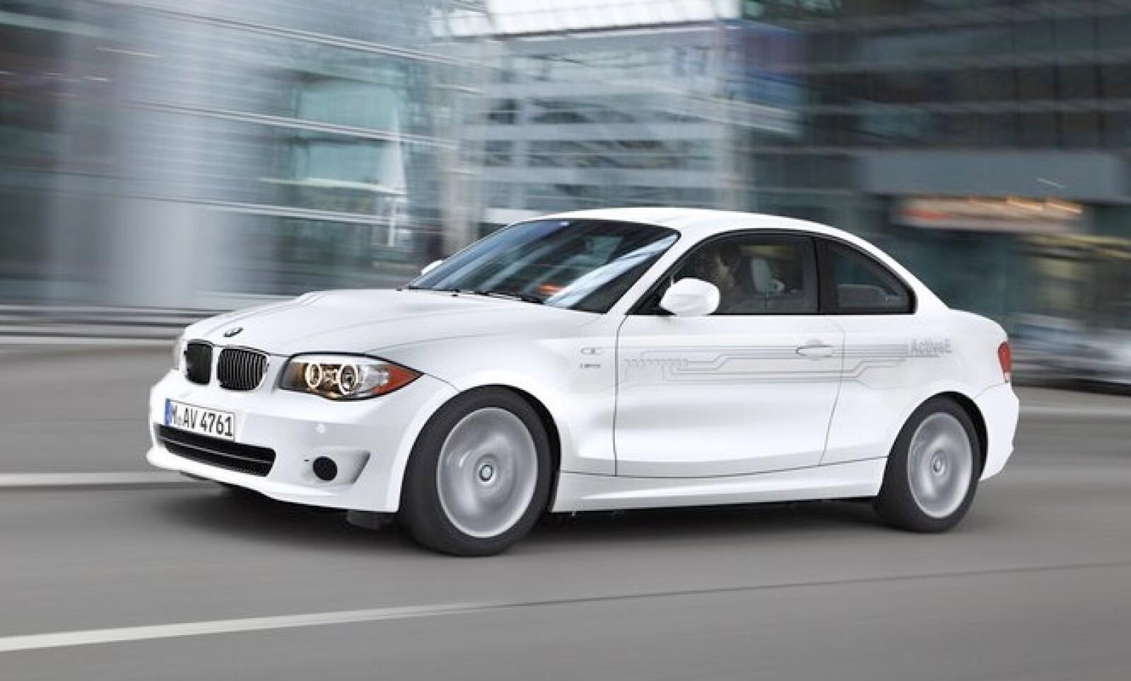 La apuesta 'verde' de BMW 'arranca' con este modelo, que iniciará su recorrido por las calles de Estados Unidos en el año 2013, con cerca de 1,000 unidades.
