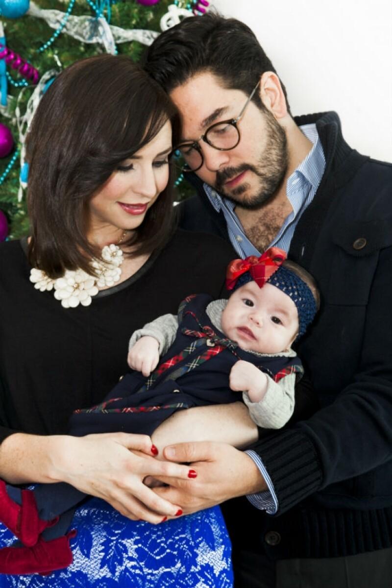 """""""Con Regina somos una familia completa"""", afirman los nuevos papás."""