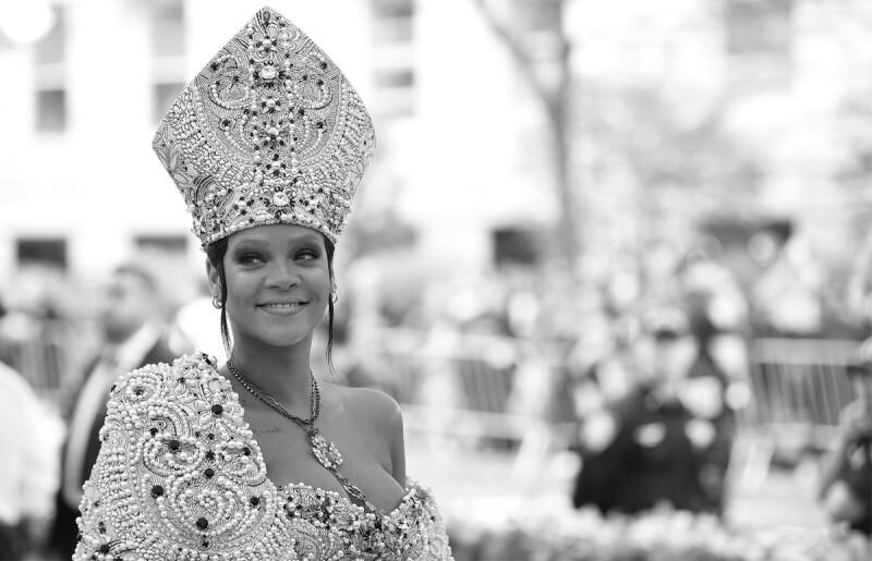 Rihanna-Mitra-Met-Gala