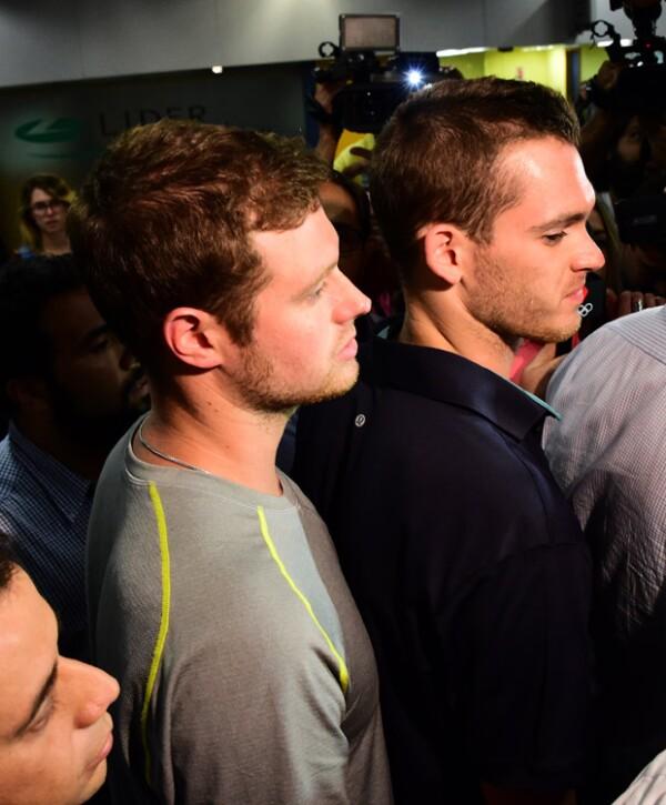 Los atletas permanecerán en Brasil para atender el caso.