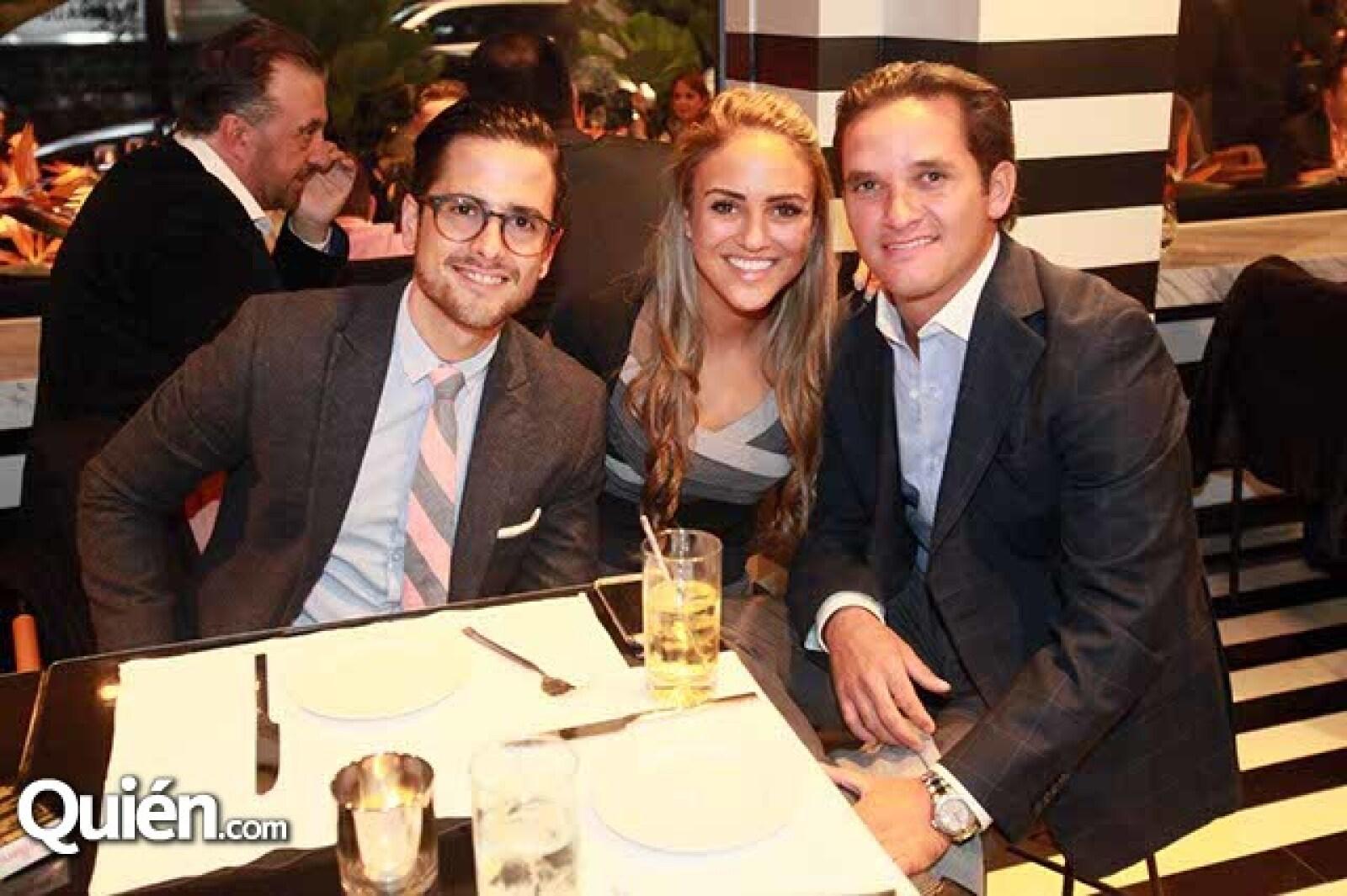 Mariano Maldonado,Daniella Hakim y Rene Rodríguez
