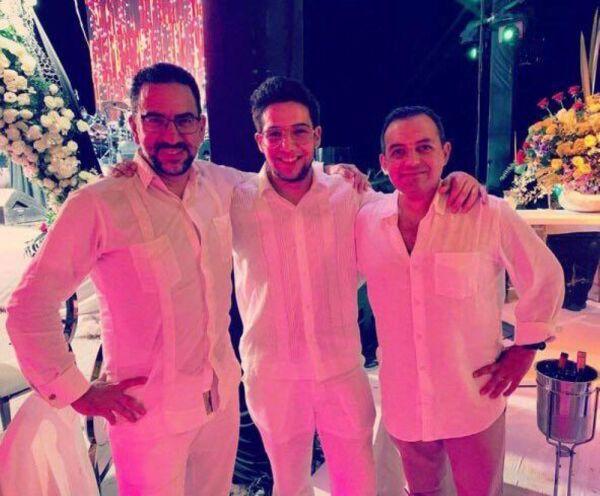Felipe Calderón en bodas de oro de papás de Mouriño 3.jpg