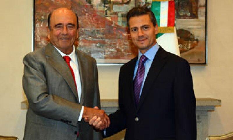Emilio Botín se reunió con el presidente Enrique Peña Nieto. (Foto: Cortesía de Santander)