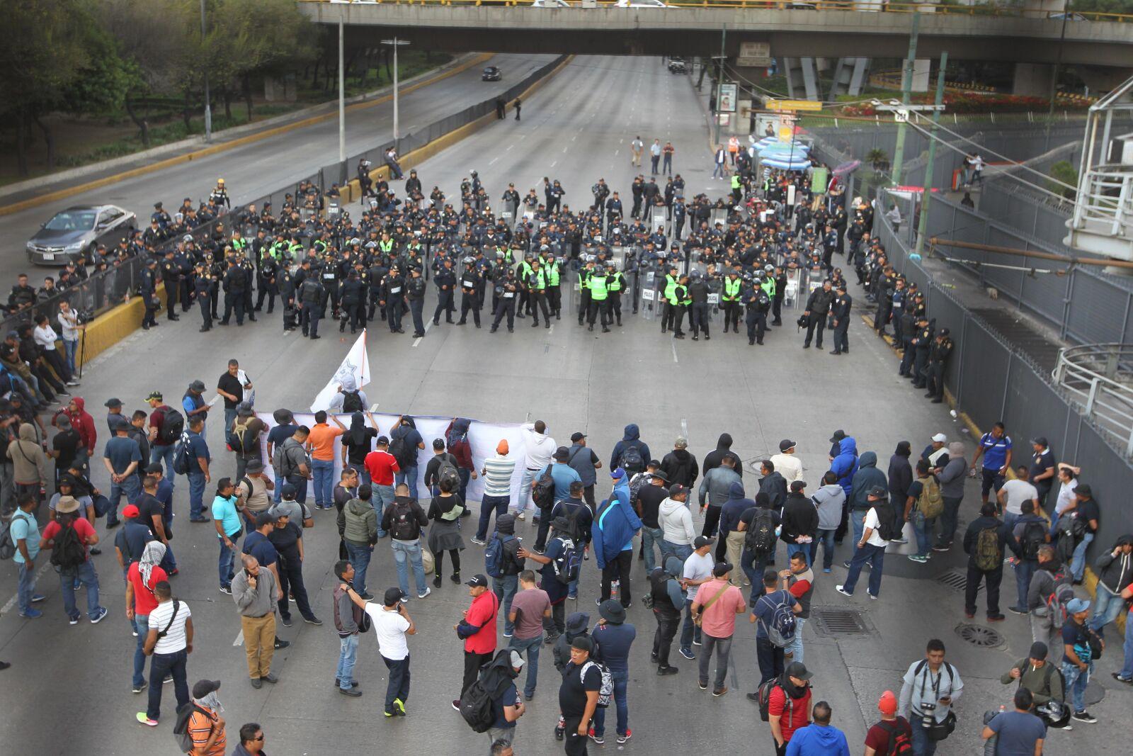 protesta policías AICM