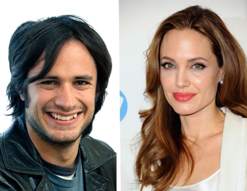 """El actor mexicano compite con el británico Jim Sturgess por el papel de amante de Jolie en el filme """"Maléfica""""."""