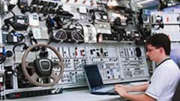 La aeron�utica no es un tema ajeno para las ensambladoras, muchas se han desarrollado compartiendo tecnolog�a como lo hace Audi. (Cortes�a Audi)
