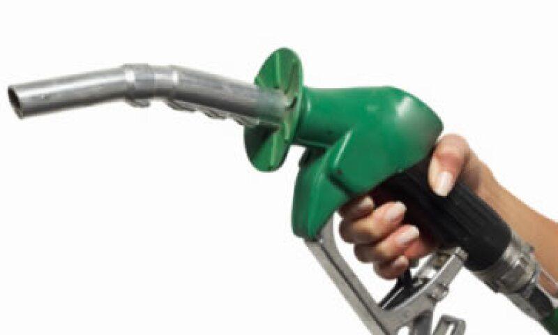 El subdirector de Comercialización de Pemex Refinación negó que el ajuste en el precio de las gasolinas afecte la venta de los combustibles en el país. (Foto: Thinkstock)