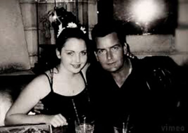 Cassandra, de 31 añosm ya hizo abuelo al actor.
