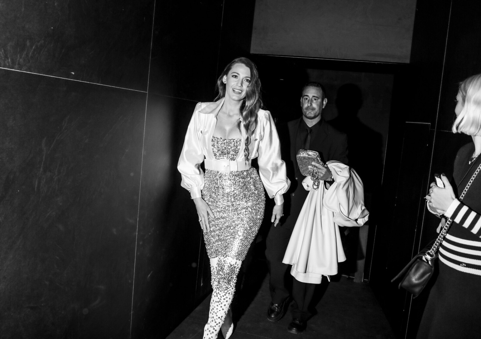 33_Blake_LIVELY_at_the_Paris_New_York_Metiers_dArt_Show.jpg