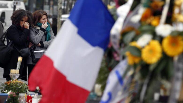 Francia declaró la guerra a ISIS tras los atentados, que dejaron 130 víctimas.