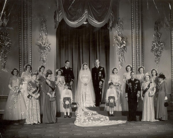 Royal Wedding Day Wedding Of Princess Elizabeth (queen Elizabeth Ii) And Prince Philip (duke Of Edinburgh) On 20th November 1947. The Wedding Group Photographed At Buckingham Palace After The Abbey Ceremony. Seen In The Picture Are The Bride And Brid