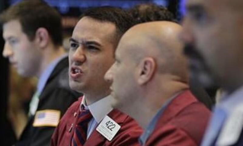 Los inversores de Wall Street temen que si la crisis económica empeora en Grecia, un banco europeo grande resulte afectado.  (Foto: Reuters)
