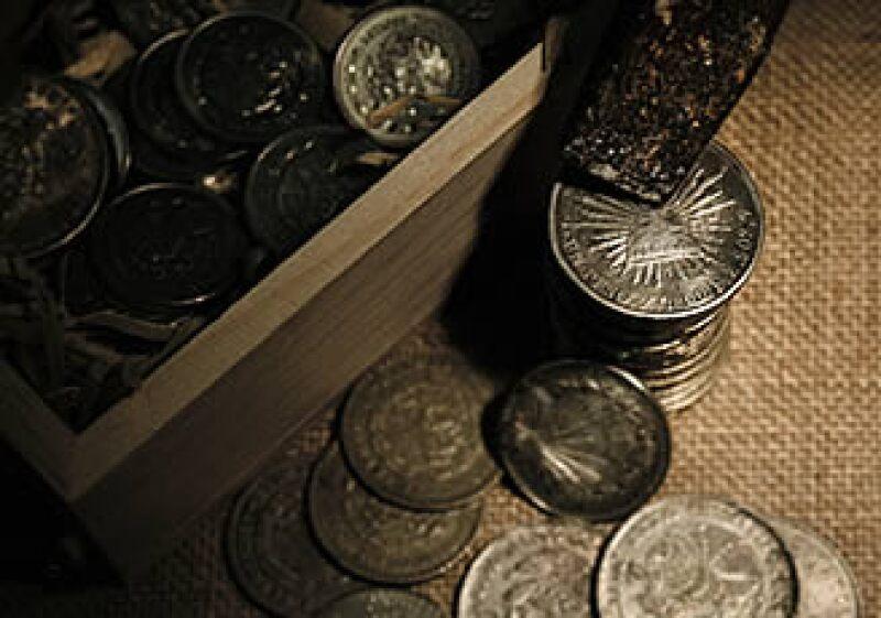 En china se sustituyó la paca de seda como una forma de valuar la mercancía, por monedas de plata mexicanas. (Foto: Luis Delfín)