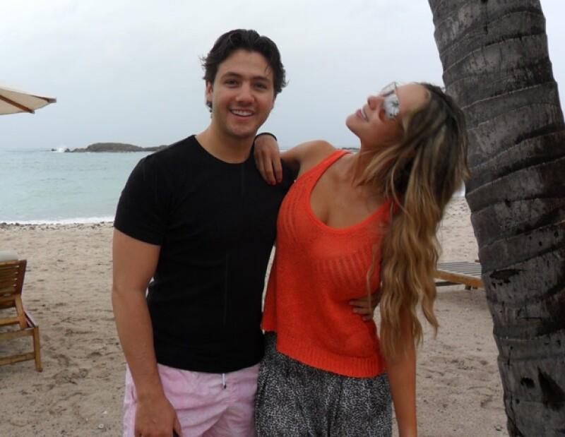 Ni las nubes que amenzaban con traer la lluvia el primer día evitaron que Vanessa y Juan disfrutaran de su estancia en Punta Mita.