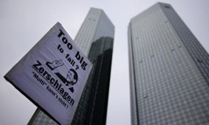 Deutsche Bank requiere entre 2,000 mde y 3,000 mde para cumplir con las exigencias que la EBA impuso hacia 2012. (Foto: Reuters)