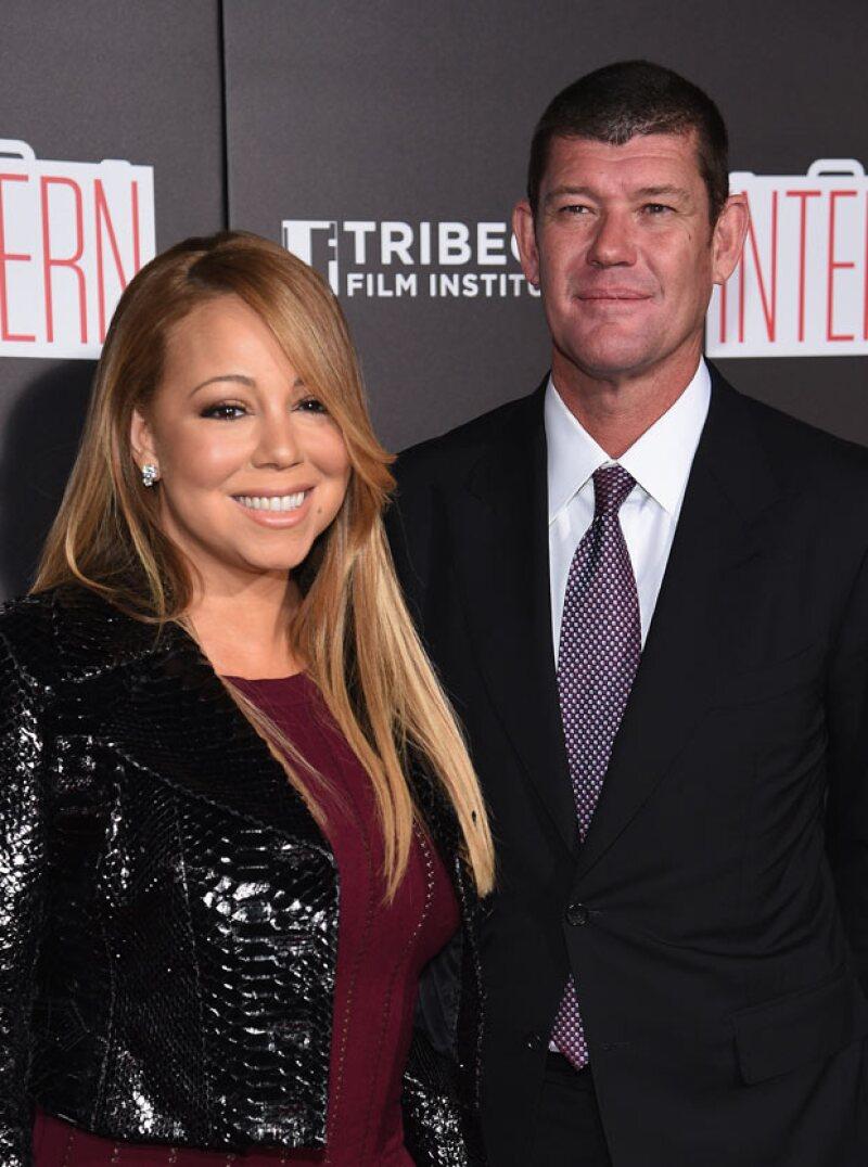 Más tiernos, ¡imposible! La pareja cautivó al llegar a la premiere de The Intern, donde también estuvo presente Anne Hathaway y Robert De Niro.